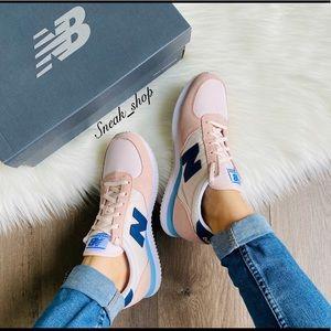 NWT New Balance 220 Women's Shoes
